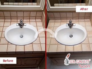 Before and after Picture of a Grout Cleaning Job in Oro Valley, AZ