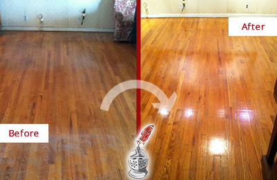 Before and After Picture of a Oro Valley Wood Sand Free Refinishing Service on a Stained Floor